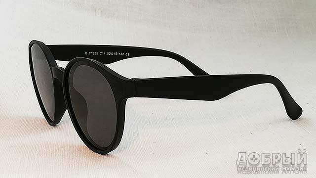 черные очки от солнца для мальчика