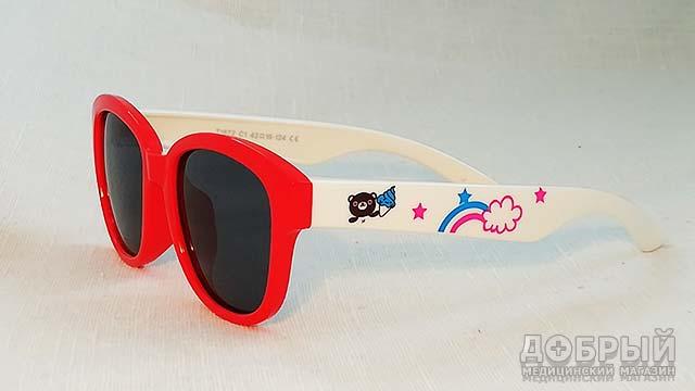 детские очки от солнца в магазине Добрый