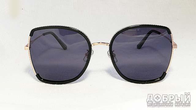 трендовые женские солнцезащитные очки