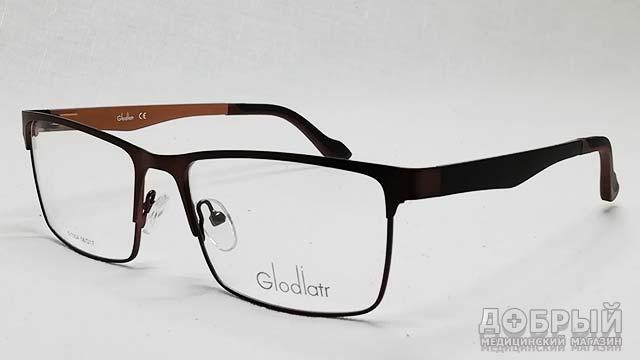 Подобрать мужские очки при дальнозоркости